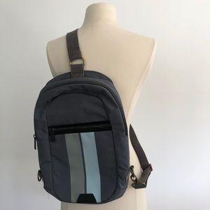 Targus steel blue 1 strap messenger bag (laptops)